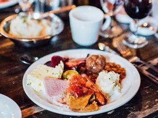 cabane-a-sucre-repas-traditionnel-sucrerie-de-la-montagne-montreal-citycrunch