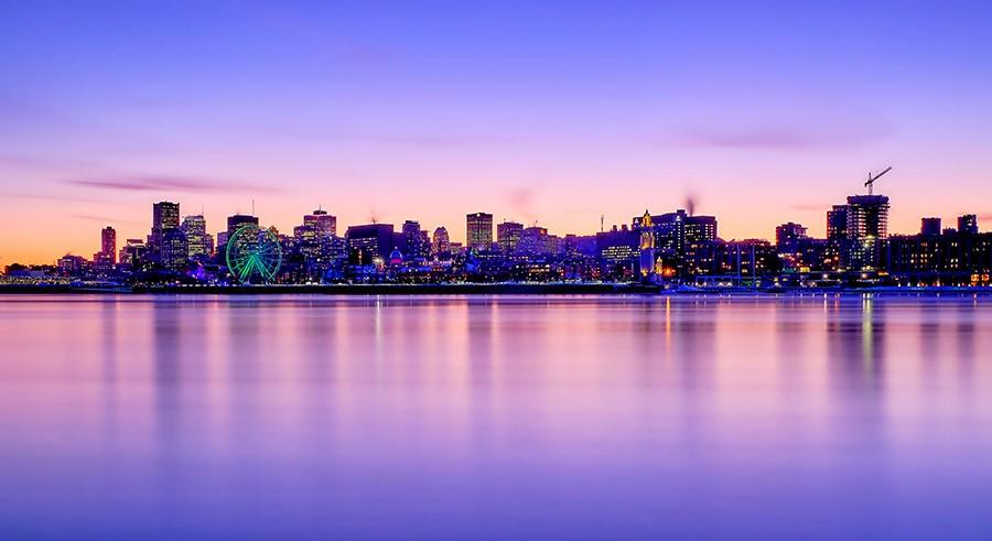 vue-depuis-le-parc-jean-drapeau-montreal-citycrunch