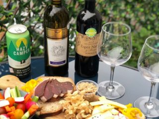 On_a_testé_la_livraison_d_apero_du_Caribou_Gourmand