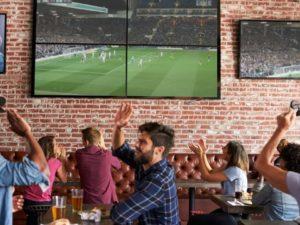 Les_meilleurs_bars_et_restaurants_pour_suivre_les_competitions_sportives_cet_ete_a_Montreal